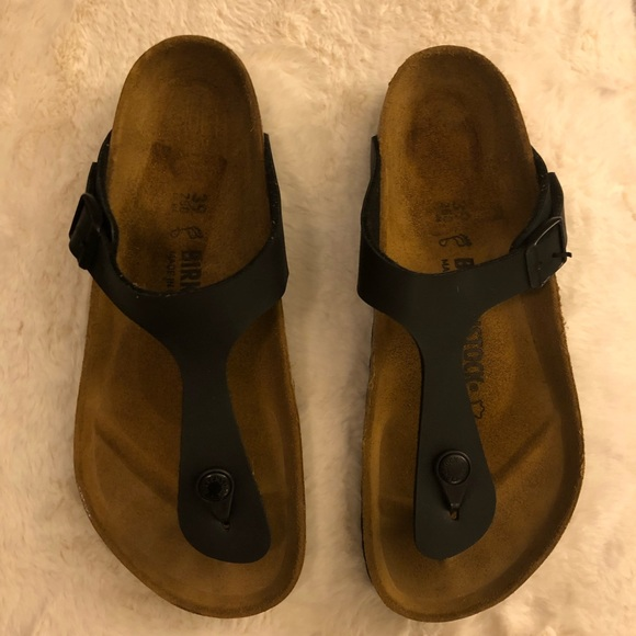 77376dd0f864 Birkenstock Shoes - Women s Black Birkenstock Gizeh Sandals. Size  39